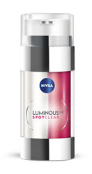 NIVEA LUMINOUS630